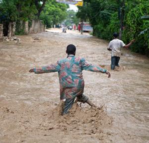 hurricane flooding problems